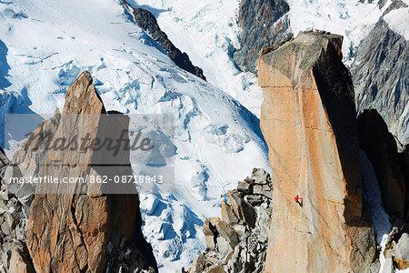 Europe, France, Haute Savoie, Rhone Alps, Chamonix, Aiguille du Midi, rock climbing on Cosmique Arete