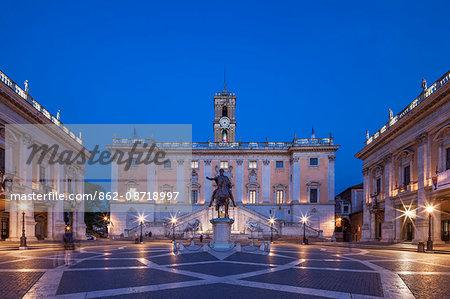 The Piazza del Campidoglio, the Capotiline Museums and the Comune  Di Roma at twilight with the equestrian statue of Marcus Aurelius in the centre , Rome, Lazio, Italy.