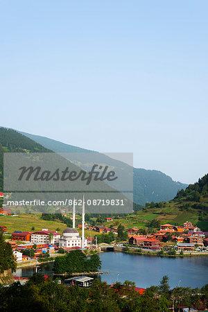 Turkey, Black Sea Coast, Uzungol alpine resort, lakeside mosque