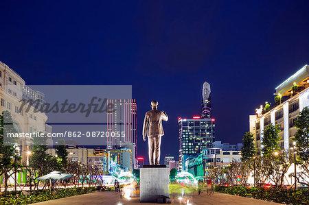 South East Asia, Vietnam, Ho Chi Mihn City (Saigon), Ho Chi Mihn statue