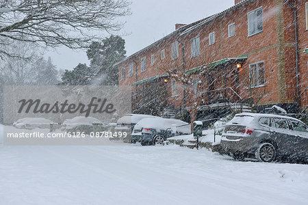 Sweden, Uppland, Lidingo, Residential district during snow-storm