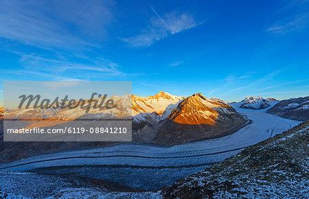 Aletsch glacier and Aletschhorn, 4193m, Jungfrau-Aletsch, UNESCO World Heritage Site, Valais, Swiss Alps, Switzerland, Europe