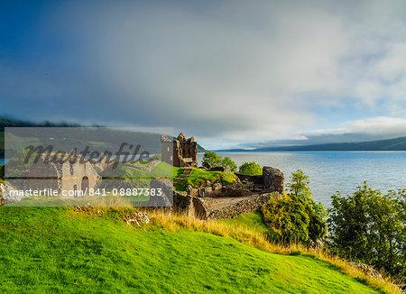 Urquhart Castle and Loch Ness, Highlands, Scotland, United Kingdom, Europe