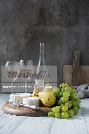 Rose Wine Naturmort