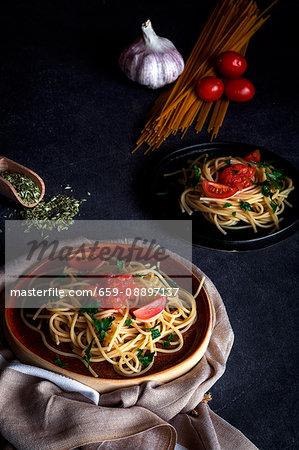 Spaguetti with tomato cheese and oregano, typical italian pasta