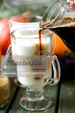 Caffè latte in glass