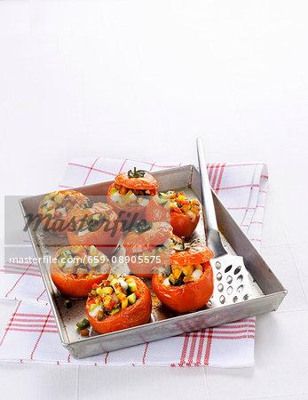 Oven-baked stuffed tomatoes