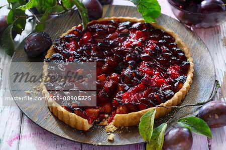 An autumnal plum tart