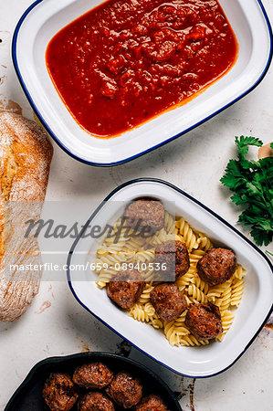 Fusilli pasta with meatballs and tomato sauce