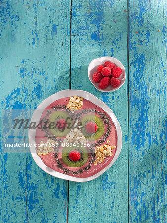 Raspberry and almond smoothie bowl