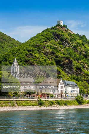Sterrenberg Castle above the village of Kamp-Bornhofen along the Rhine between Rudesheim and Koblenz, Germany