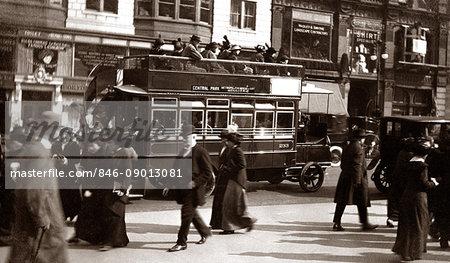 1900s TURN OF 20TH CENTURY NEW YORK CITY MANHATTAN PEDESTRIANS TRAFFIC CARS DOUBLE DECKER BUS FIFTH AVENUE URBAN STREET SCENE