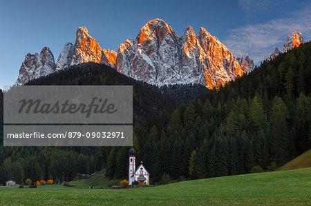 Church of San Giovanni in Ranui, Odle dolomites, Santa Magdalena, Funes valley, South Tyrol region, Trentino Alto Adige, Bolzano province, Italy, Europe