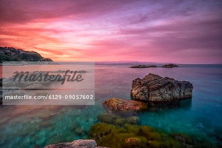 Capo Vaticano, Tyrrhenian Sea, Tyrrhenian Coast, Calabria, Italy. A pinkish dawn at Capo Vaticano, Santa Maria resort.