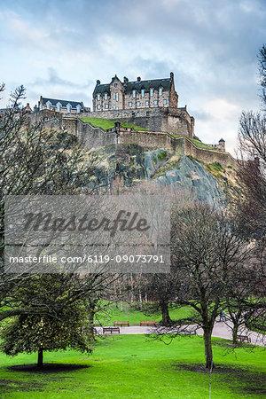 Edinburgh Castle, UNESCO World Heritage Site, seen from Princes Street Gardens, Edinburgh, Scotland, United Kingdom, Europe