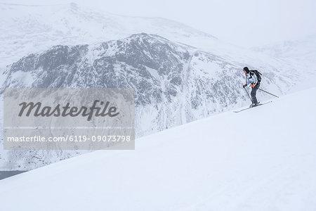 Ski touring at Loch Avon on the River Avon, Cairngorms National Park, Scotland, United Kingdom, Europe