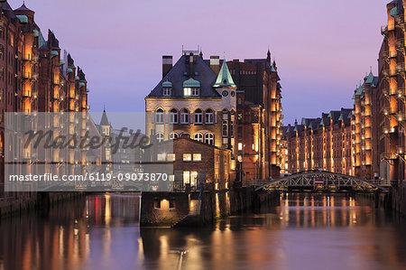 Water castle (Wasserschloss), Speicherstadt, Hamburg, Hanseatic Citiy, Germany, Europe
