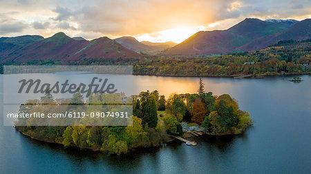 Derwent Water, Lake District National Park, UNESCO World Heritage Site, Cumbria, England, United Kingdom, Europe