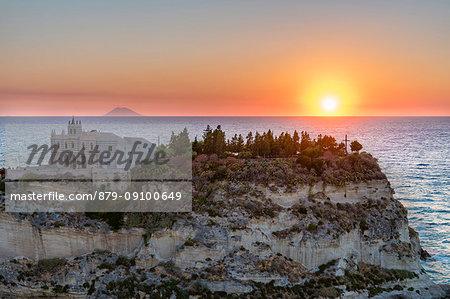 Tropea, province of Vibo Valentia, Calabria, Italy, Europe. Sanctuary of Santa Maria Island at sunset