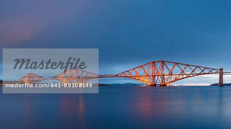 The Forth Rail Bridge on the Firth of Forth at dawn, UNESCO World Heritage Site, South Queensferry, Edinburgh, Lothian, Scotland, United Kingdom, Europe