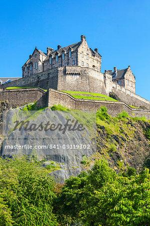 Edinburgh Castle, historic fortress, Castle Rock, Castlehill, Edinburgh Old Town, UNESCO World Heritage Site, Midlothian, Scotland, United Kingdom, Europe