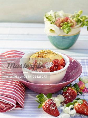 Strawberries with mascarpone cream