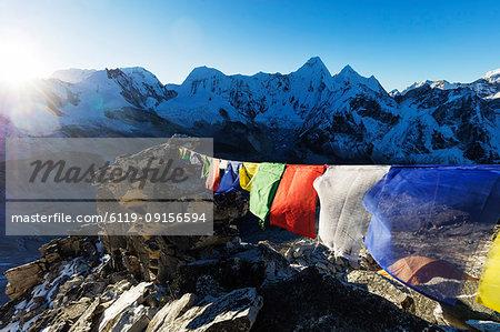 Prayer flags on Ama Dablam, Sagarmatha National Park, UNESCO World Heritage Site, Khumbu Valley, Nepal, Himalayas, Asia