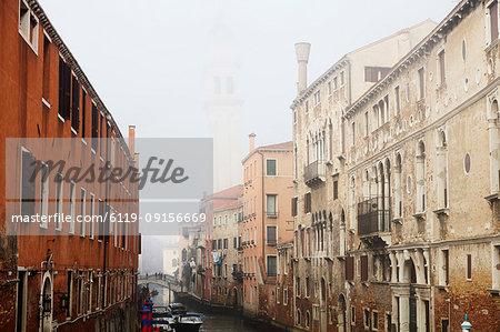 Misty view, Venice, UNESCO World Heritage Site, Veneto, Italy, Europe
