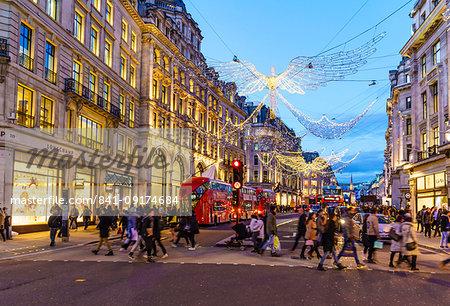 Christmas shoppers, Regent Street, London, England, United Kingdom, Europe