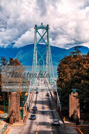 Traffic over Lions Gate Bridge in the autumn, Vancouver British Columbia, Canada, North America