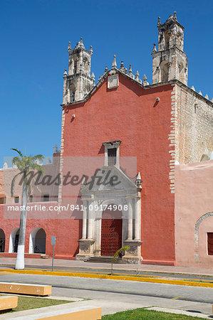 Church of San Juan Bautista, founded 16th century, Motul, Yucatan, Mexico, North America