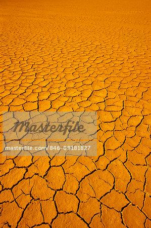1980s DRY CRACKED DESERT DIRT