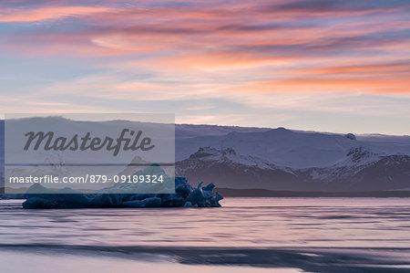 Icebergs at sunset, Jokulsarlon Glacier Lagoon, Austurland, Eastern Iceland, Iceland, Europe