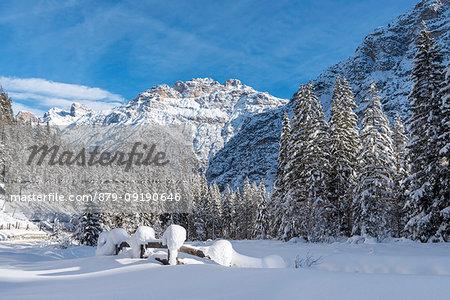 Carbonin / Schluderbach, Dobbiaco / Toblach, Dolomites, province of Bolzano, South Tyrol, Italy, Europe. The peaks of Mount Rudo