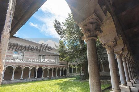 Columns and arcade of the cistercense cloister, Piona Abbey (Abbazia Priorato di Piona), Colico, Lecco province, Lombardy, Italy