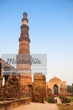 Qutub Minar, UNESCO World Heritage Site, Delhi, India, Asia
