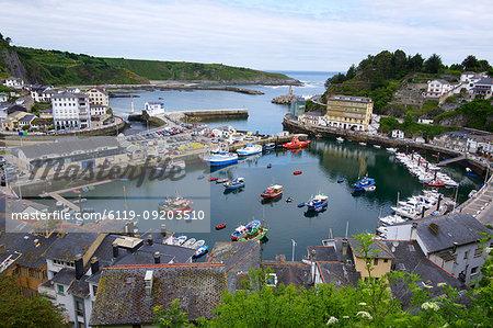 The harbour at Luarca, Asturias, Spain, Europe
