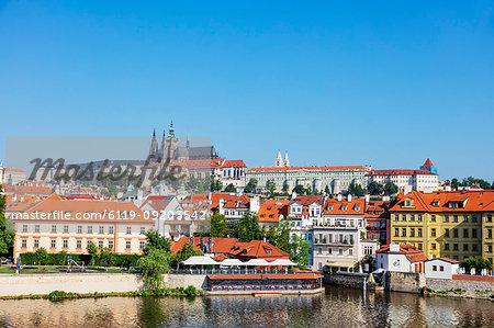 Prague Castle and St. Vitus Cathedral, Prague, UNESCO World Heritage Site, Bohemia, Czech Republic, Europe