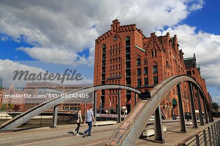 Maritime Museum and Busan Bridge, HafenCity District, Hamburg, Germany, Europe