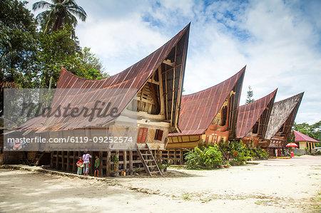 Traditional Batak wooden houses, Tomok, Lake Toba, Samosir Island, Sumatra, Indonesia, Southeast Asia, Asia