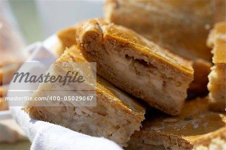 macro picture of onion pie