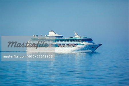 An image of a beautiful cruise ship
