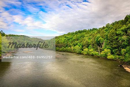Scenic view of Cumberland River at Cumberland Falls State Resort in Kentucky
