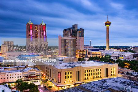 San Antonio, Texas, US skyline.