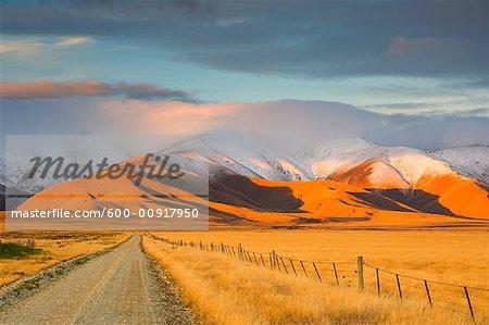 Road to Mountains, Hawkdun Range, Otago, South Island, New Zealand