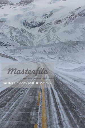 Icefields Parkway in Winter, Jasper National Park, Alberta, Canada