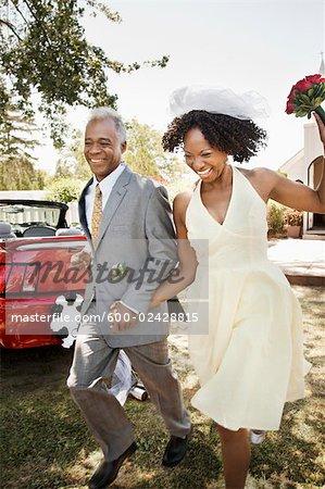 Couple Just Married, Niagara Falls, Ontario, Canada