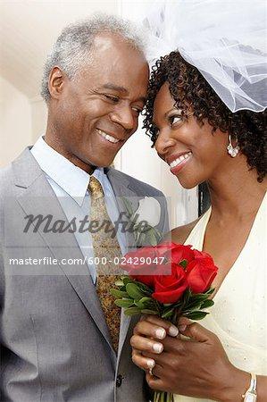 Portrait of Bride and Groom, Niagara Falls, Ontario, Canada