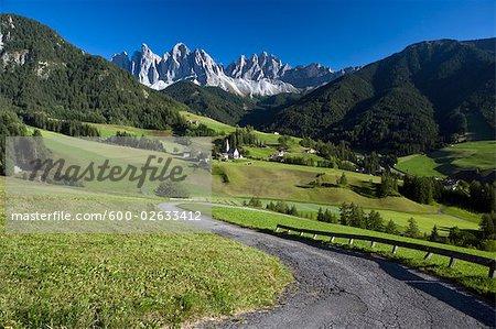 St James Church, Val di Funes, Trentino Alto Adige, Dolomites, South Tyrol, Italy