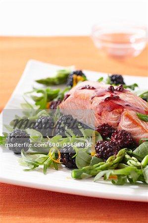 Salmon on Arugula with Blackberries